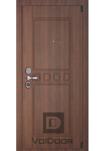 Входная дверь Волдор Сарбона CISA